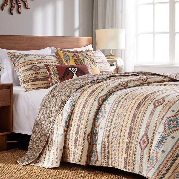 The Curated Nomad San Carlos Cotton Rich Quilt Set. Opens flyout.