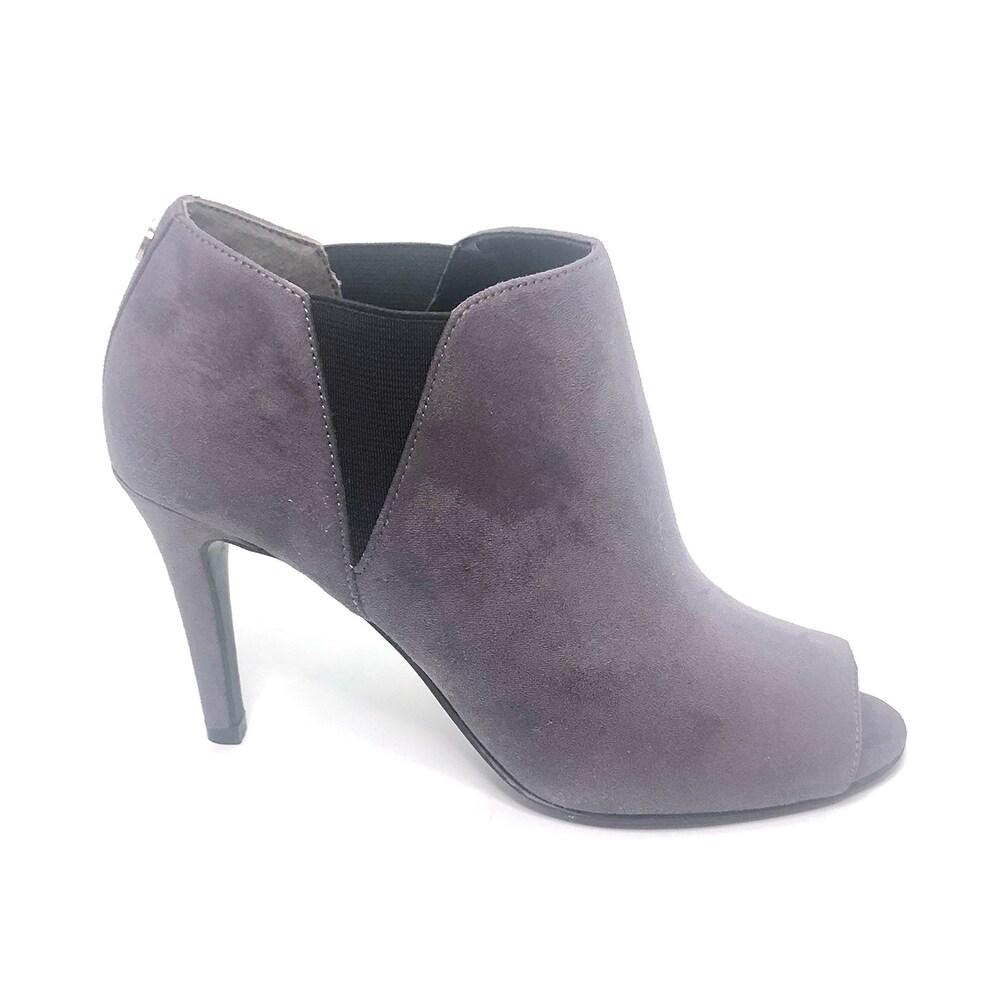 Shop Unisa Womens Saffyre Peep Toe