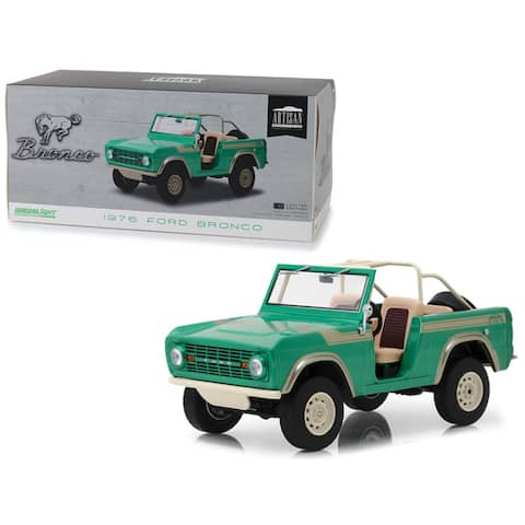 1976 Ford Bronco 'Twin Peaks' Green 'Gas Monkey Garage' (2012) TV Series 1/18 Diecast Model Car by Greenlight