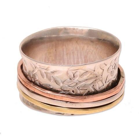 NOVICA Floral Rush, Sterling silver spinner ring