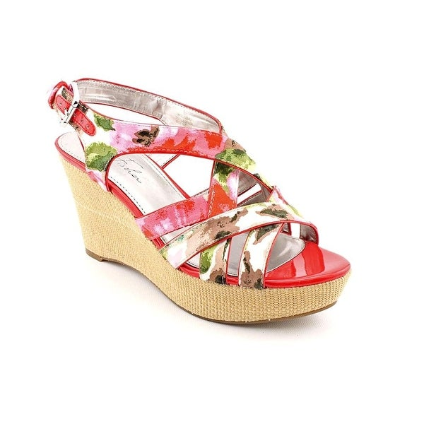 Marc Fisher Womens Gleena3 Open Toe Casual Platform Sandals