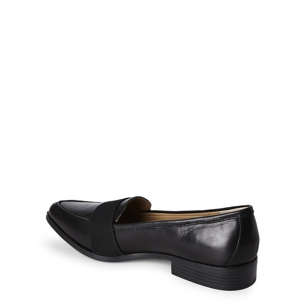 BCBGeneration Womens Jo Pointed Toe Loafers, DEEP PORT/BLACK, Size 6.5