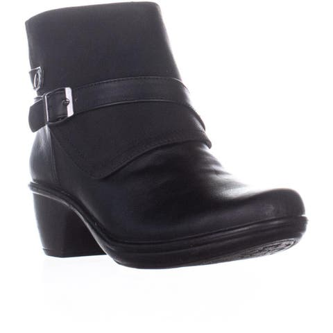 Easy Street Amanda Ankle Boots, Black Matte
