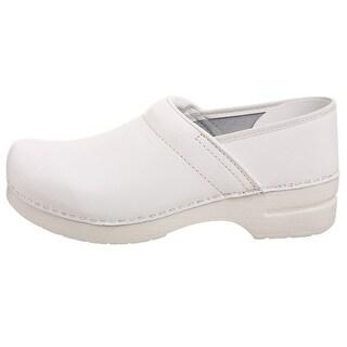 Dansko Womens Pro Leather Closed Toe Clogs