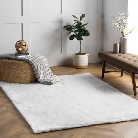 Silver Orchid Rita Faux Flokati Sheepskin Solid Soft and Plush Cloud Shag Rug