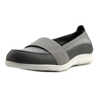 Beacon Surprise Women Grey Flats