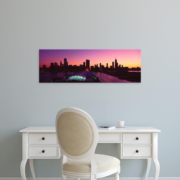 Easy Art Prints Panoramic Image 'Panoramic view of Navy Pier and Chicago skyline at sunset, Chicago, IL' Canvas Art
