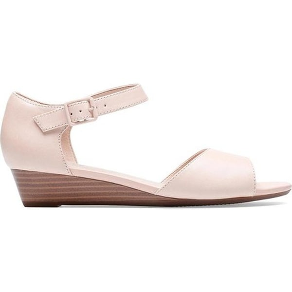 1225c5794dd Shop Clarks Women s Abigail Jane Wedge Sandal Nude Leather - On Sale - Free  Shipping Today - Overstock - 27346835