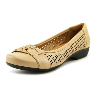 Clarks Propose Band Women N/S Round Toe Leather Nude Flats