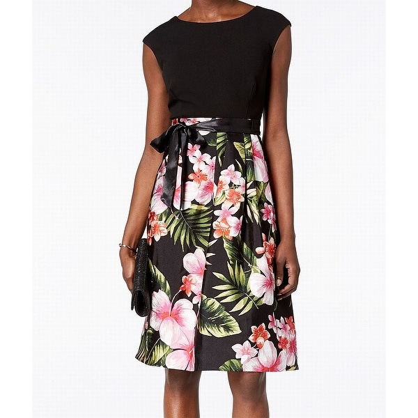 Sangria Black Women's Size 8 Floral Belted Pleated Sheath Dress