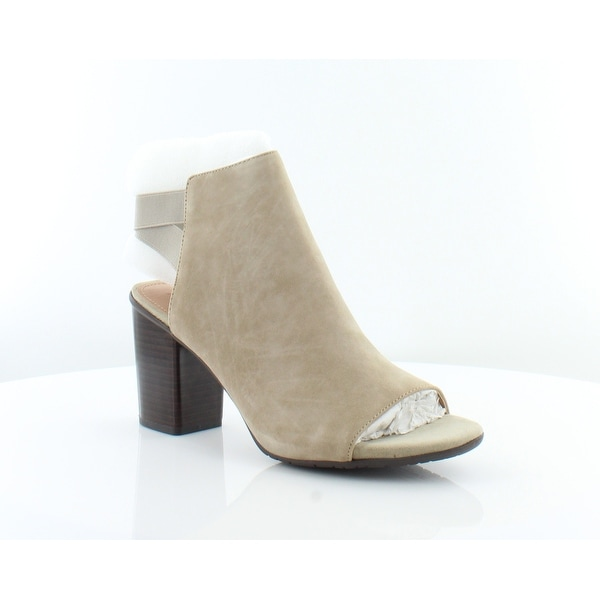 Kenneth Cole Reaction Frida Fly Women's Heels Taupe - 11