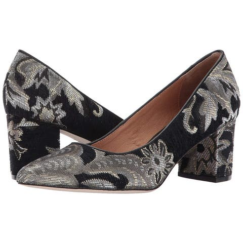 Corso Como Womens Regina Leather Pointed Toe Classic Pumps