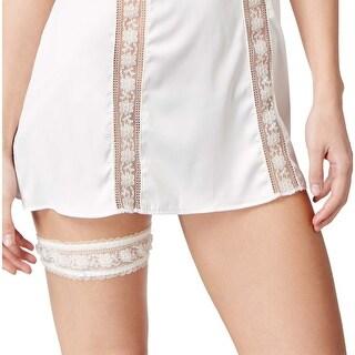 Heidi Klum Intimates Womens Paradise Promises Garter Blanc De Blanc One Size