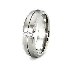 6mm Tension Set CZ Titanium Ring (Sizes 6-8)