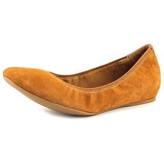 Isaac Mizrahi Debbie Flat Women Round Toe Suede Brown Ballet Flats