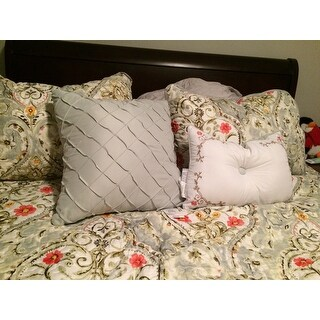VCNY Home Evangeline Reversible 5-piece Quilt Set