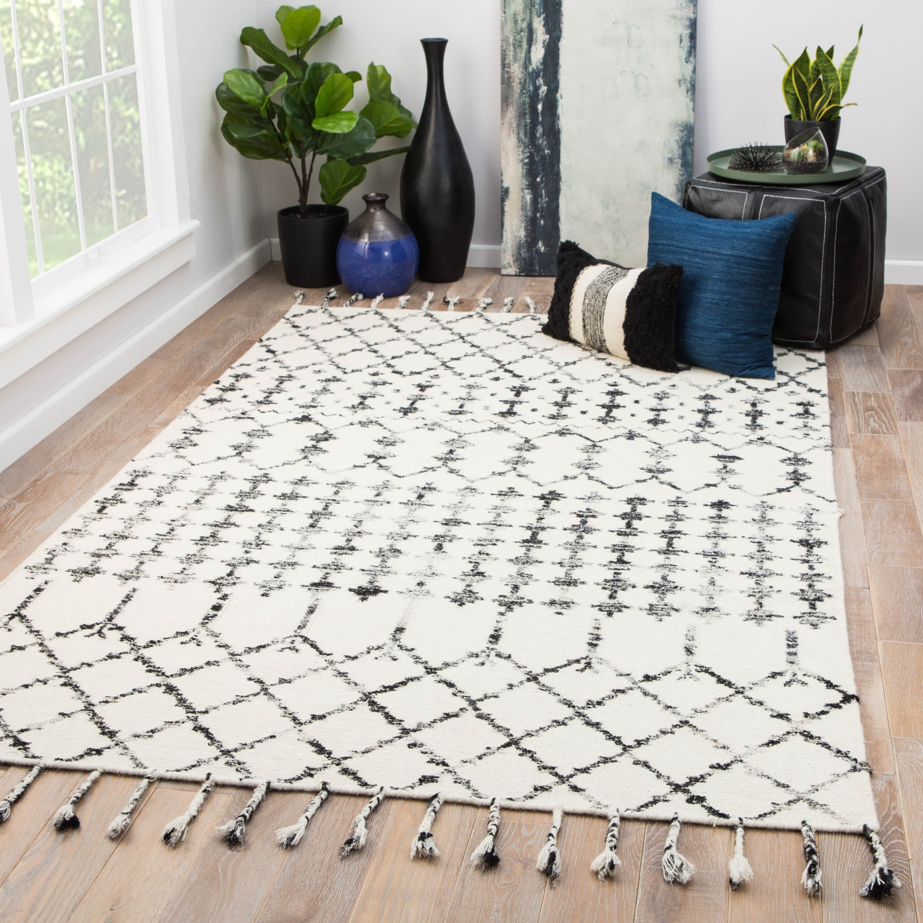 Shop For Salita Handmade Geometric Ivory Black Area Rug Get Free Delivery On Everything At Overstock Your Online Home Decor Store Get 5 In Rewards With Club O 20582633