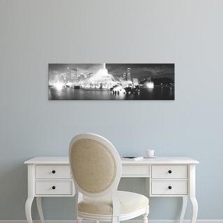 Easy Art Prints Panoramic Images's 'Evening, Buckingham Fountain, Chicago, Illinois, USA' Premium Canvas Art
