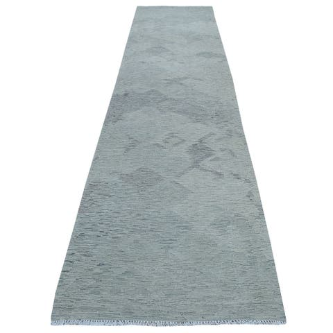 """Hand Knotted Grey Flat Weave with Wool Oriental Rug (3'1"""" x 14') - 3'1"""" x 14'"""