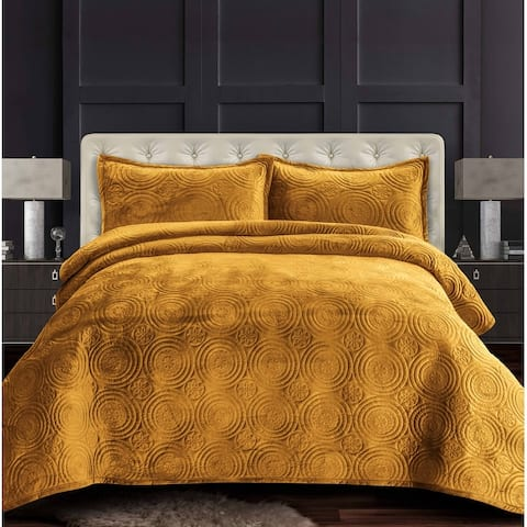 Capri Medallion Velvet Oversized Solid Quilt Set
