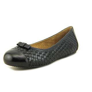 Softwalk Naperville N/S Round Toe Leather Flats
