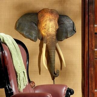 Design Toscano Herd Chieftain Elephant Illuminated Wall Sculpture