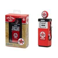 1951 Wayne 505 Gas Pump Caltex Super Gas Pump Replica Vintage Series 4 1/18 Diecast Model by Greenlight