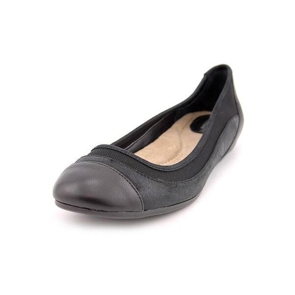 Giani Bernini Womens Zohar Round Toe Loafers