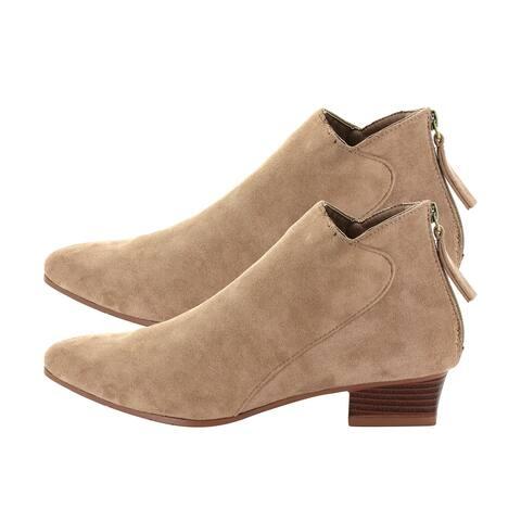 Seven7 Camel Kelsey Booties Tan Low Heel Ankle Cut Back Zipper Chain - 10