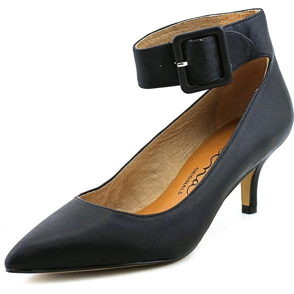 Nina Flip Women Pointed Toe Leather Black Heels