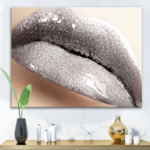 Designart 'Close Up of Woman Lips With Glittering Silver' Modern Canvas Wall Art Print
