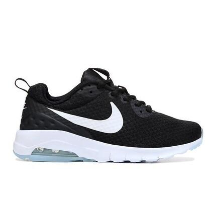 Nike Women's AIR MAX MOTION LW Sneaker