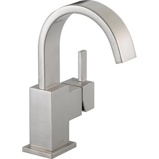 Delta 553LF  Vero Single Hole Bathroom Faucet with Pop-Up Drain Assembly