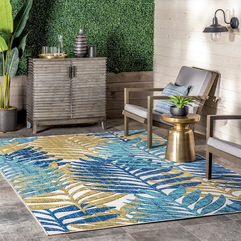 nuLOOM Molly Textured Tropical Leaves Indoor/Outdoor Area Rug