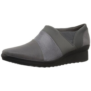 CLARKS Womens Caddell Denali Leather Closed Toe Loafers