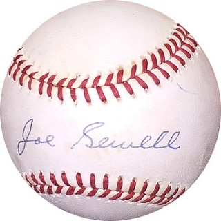 Joe Sewell signed Official American League Baseball very minor tone- Beckett Holo #C90176 (Indians/Yankees)