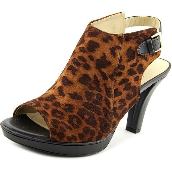 Naturalizer Distant Women Open Toe Canvas Sandals