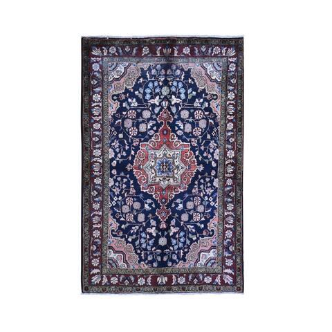 "Shahbanu Rugs Vintage Persian Hamadan Navy Blue Center Medallion Natural Wool Hand Knotted Oriental Rug (4'10"" x 7'7"")"