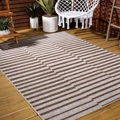 JONATHAN Y Sukie Modern Offset Stripe Indoor/Outdoor Area Rug