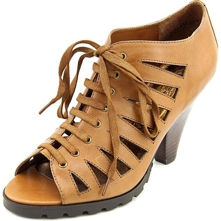 Chinese Laundry Voltage- R Open Toe Leather Sandals