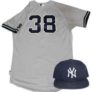 Andrew Bailey Set  NY Yankees 2015 GameUsed 38 Road Jersey w Yogi Berra 8 Commemorative Patch  Hat