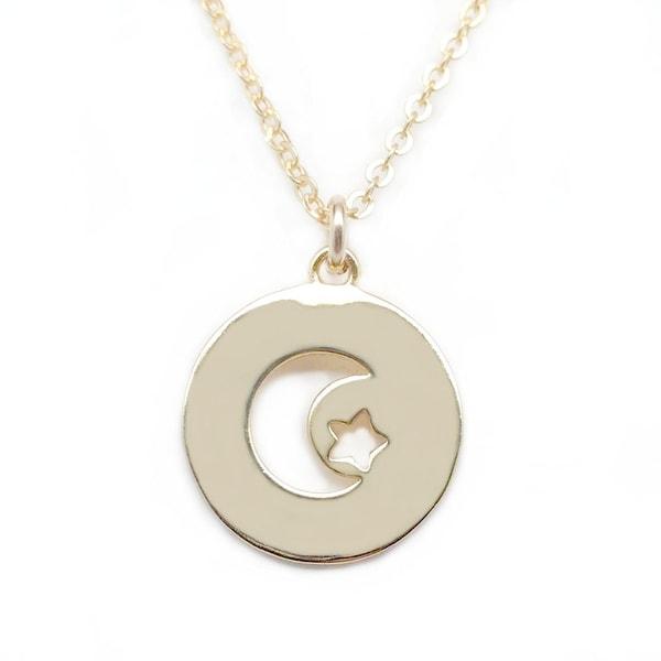 "Julieta Jewelry Moon & Star Gold Charm 16"" Necklace"