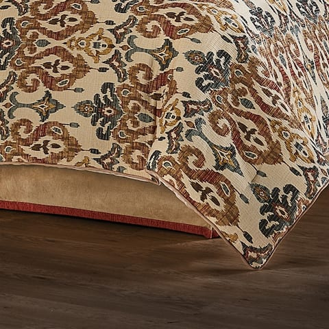 Five Queens Court Teller Comforter Set