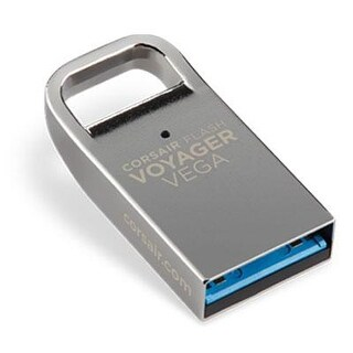 Corsair Flash Voyager Vega 32Gb Ultra Compact Low Profile Usb 3.0 Flash Drive