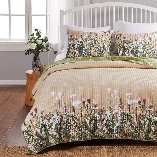 Barefoot Bungalow Dandelion Reversible Cotton Rich Quilt and Pillow Sham Set. Opens flyout.