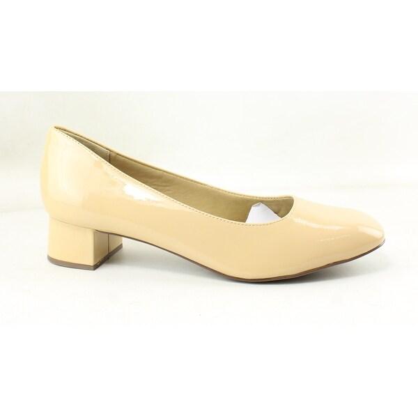 9cb7c7b5e78 Shop Trotters Womens Lola Nude Pumps Size 9.5 (AA