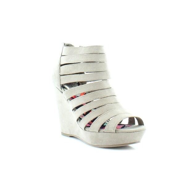 Madden Girl Kickit Women's Heels Taupe