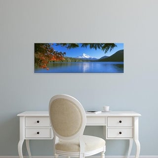 Easy Art Prints Panoramic Image 'Reflection of mountain in lake, Lost Lake, Mt Hood National Forest, Oregon' Canvas Art