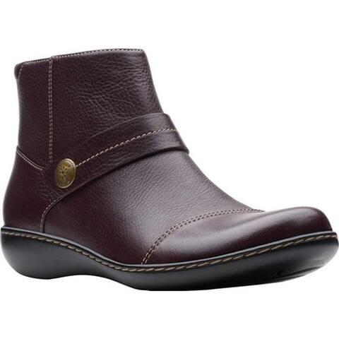 Clarks Women's Ashland Pine Ankle Bootie Burgundy Full Grain Leather