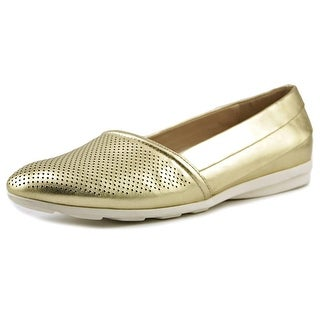 H by Halston Leah Round Toe Leather Flats